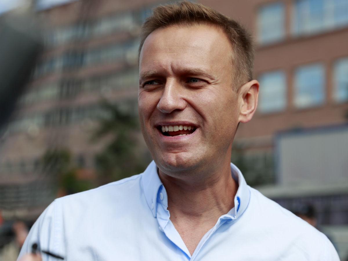 Картинки по запросу навальный фальшивые подписи