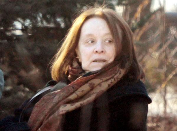 Нуждается в помощи и почти никого не узнает: как сейчас живет прикованная к постели Маргарита Терехова